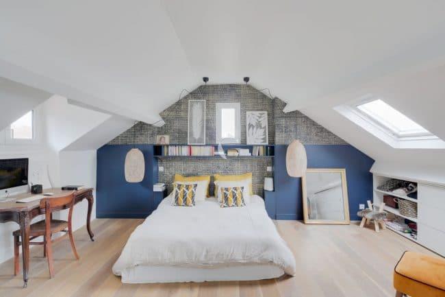Tête de lit sous les toits - Maison familiale à Saint-Cloud