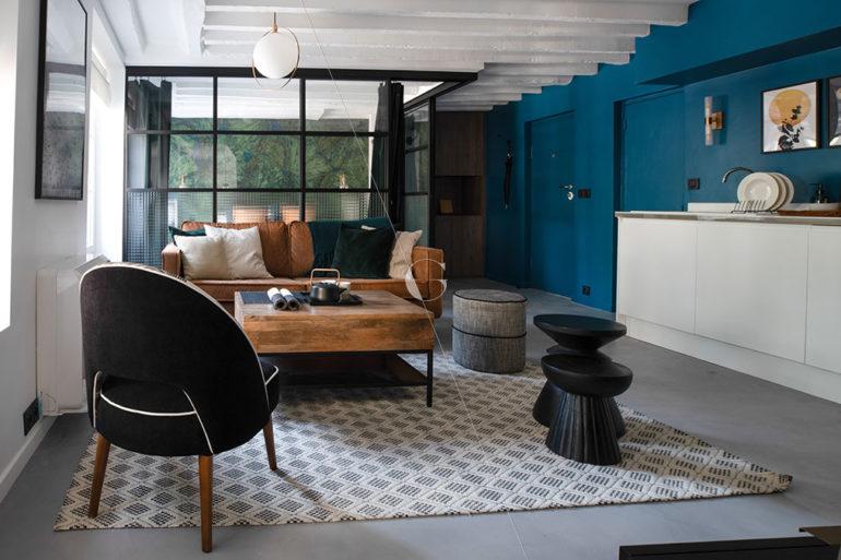 BER23-vue-d'ensemble-pièce-à-vivre-cuisine-chambre-parentale-avec-verrière